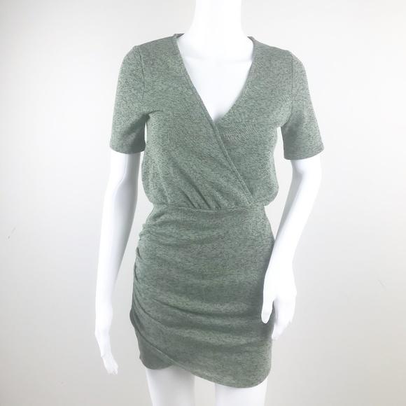 23cf2d75 Zara Trafaluc Women's V Neck Ruched Sheath Dress S